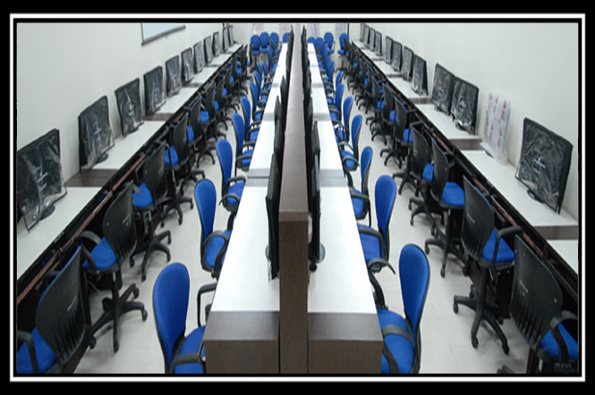 well-equipped-computer-labs-and-electronics-lab